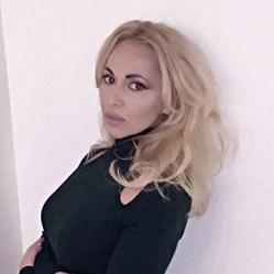 Margarita T